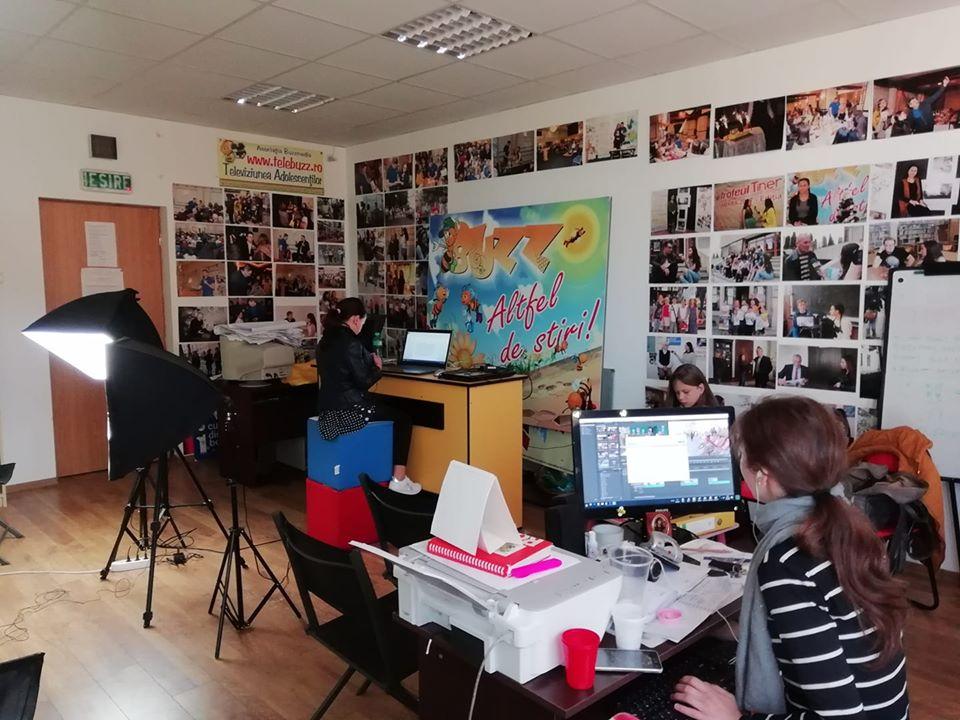 Ioana Matfeev, Ziarul Buzz, Botosani, Patrula de Reciclare, tineri reporteri, micii jurnalisti, jurnalism de mediu, educatie, reciclare, protectia mediului